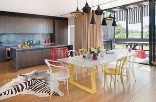 Living Simply on a Lush Australian Estate - Photo 2 of 8 -