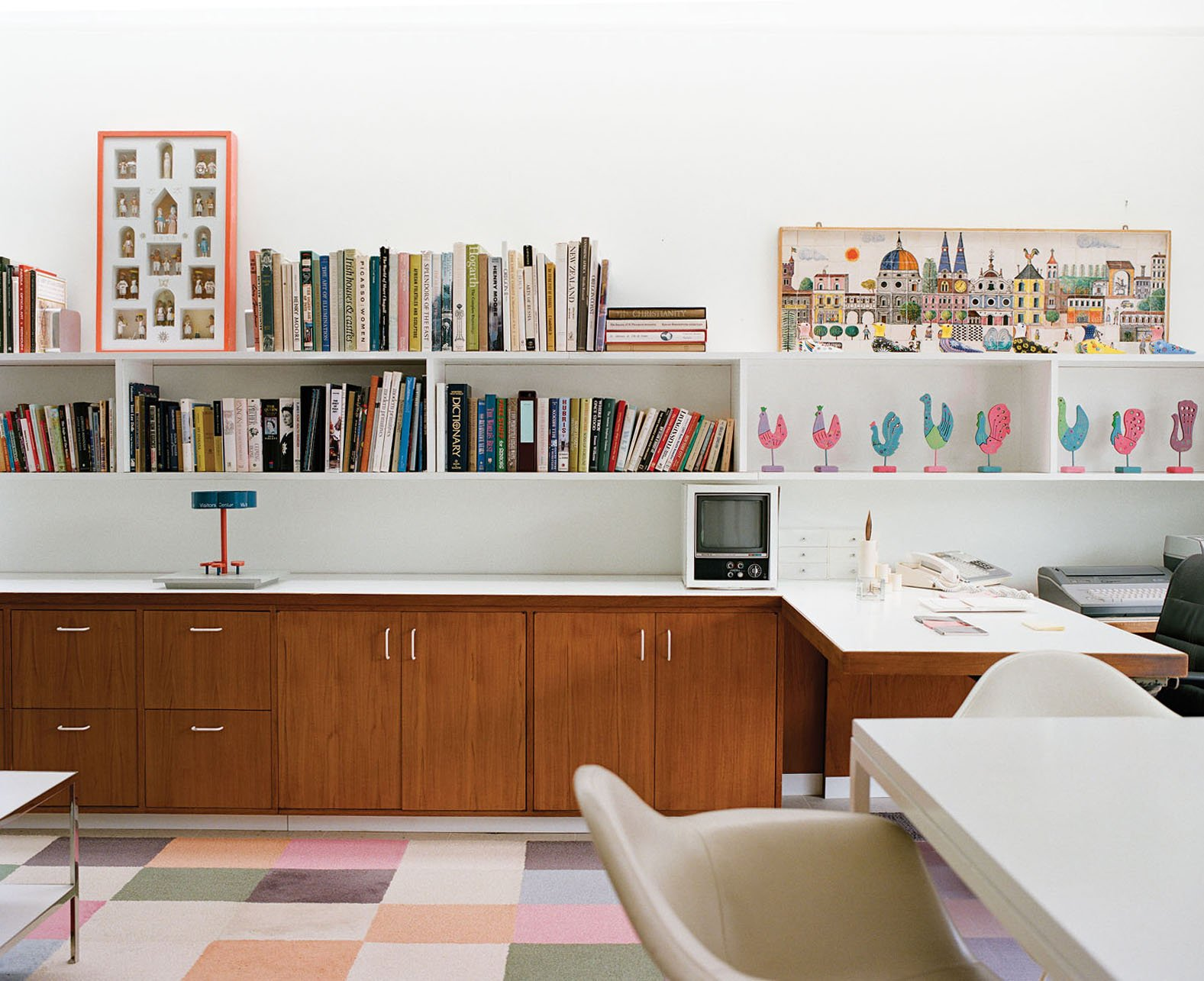 Top 5 Homes Of The Week With Wonderful Workspaces. View Photos