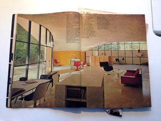Behind the Scenes: Finnish Designer Yrjo Kukkapuro at Home - Photo 4 of 9 -