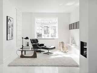 Black, White, and Gray All Over: Monochromatic Copenhagen Townhouse - Photo 8 of 12 -