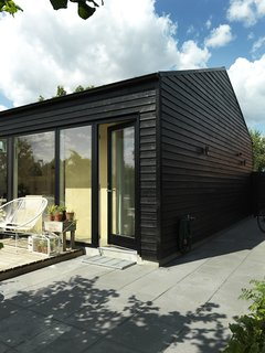 30 All-Black Exterior Modern Homes - Dwell