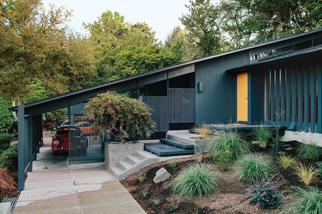 Midcentury Renovation in Portland Capitalizes on Nature with Seven ...