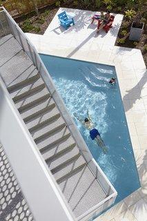 Angular Modern Beach House in Florida - Photo 10 of 10 -