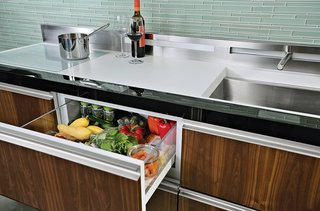 Clever Concept Tackles Movement Toward Smaller Kitchens - Photo 3 of 4 -