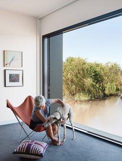 Living Simply on a Lush Australian Estate - Photo 5 of 8 -