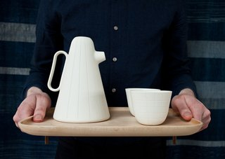 Product of the Day: Ceramic and Wood Coffee Set by Luca Nichetto - Photo 2 of 6 -