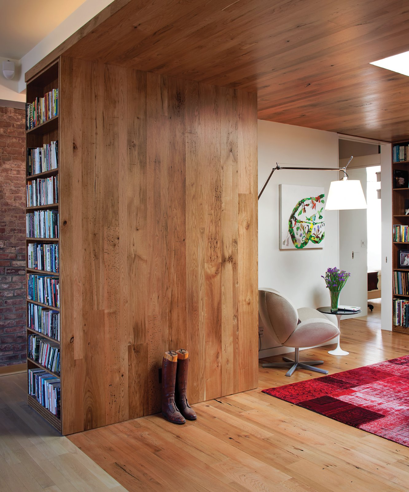 8 Beautiful Home Projects Using Reclaimed Wood
