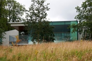 Maggie's Gartnavel exterior. Architect: Rem Koolhaas, OMA. © Nick Turner.