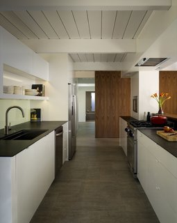 A Renovated Eichler Home in San Rafael, California - Photo 3 of 9 -