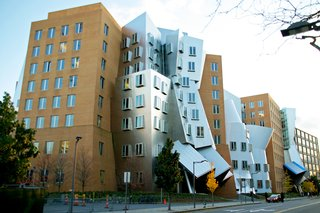 Paul Goldberger and Eric Owen Moss on Avant-Garde Architecture, Frank Gehry, and Los Angeles vs. New York - Photo 5 of 6 -