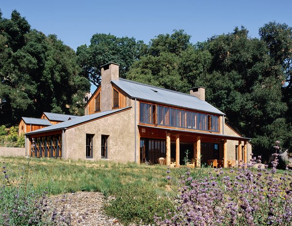 Exterior, House Building Type, Cabin Building Type, Wood Siding Material, Stucco Siding Material, and Gable RoofLine The house clearly displays its Sea Ranch–style touches.  Photo 1 of 4 in PISE Does It