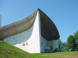 10 Inspiring Modern Churches - Photo 4 of 10 -