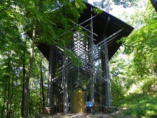 10 Inspiring Modern Churches - Photo 7 of 10 -