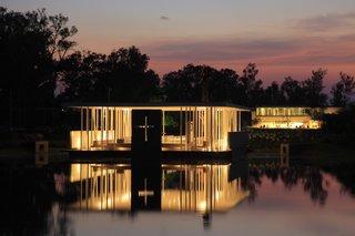 10 Inspiring Modern Churches - Photo 9 of 10 -
