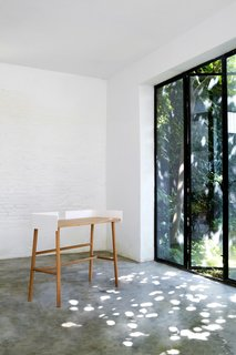 Simple Belgian Furniture with a Sustainable Bent - Photo 4 of 5 -
