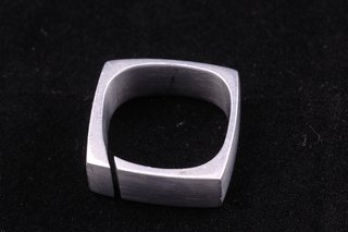 Harry Bertoia's Jewelry Design - Photo 3 of 7 -