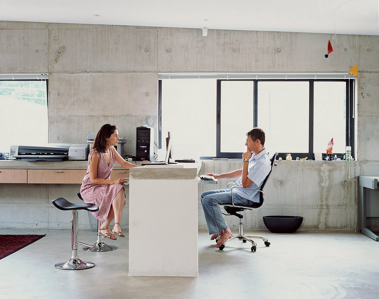 With Gregory and Caryn both working from home, it was crucial that their office (a communal space located off the landing upstairs) accommodate separateness of space and privacy.  Photo 6 of 10 in Katz's Cradle
