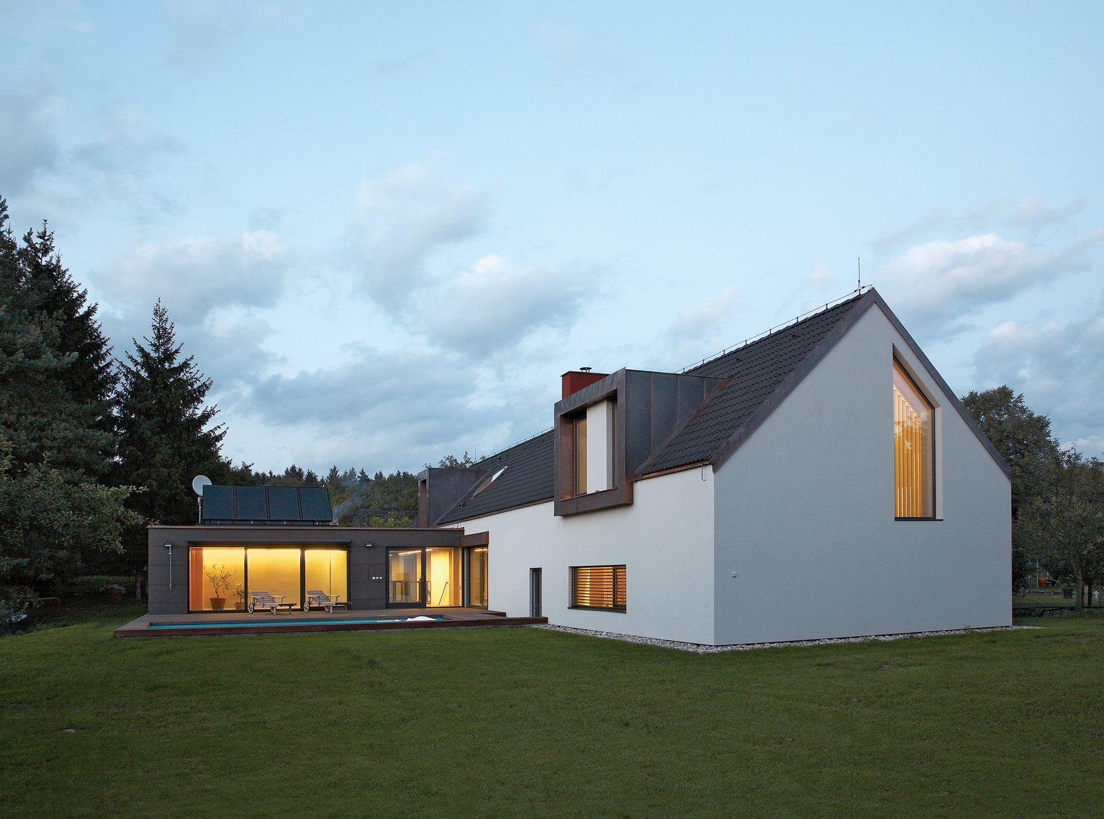 A Striking Bohemian Geothermal Home