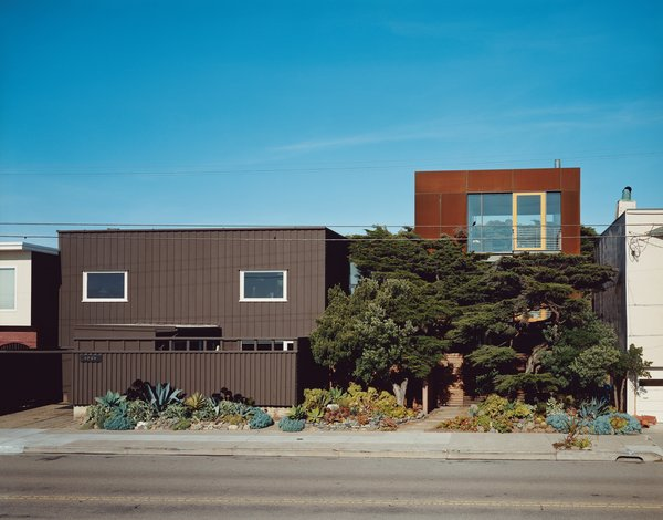 This Surfer's Beach House is More Than It Seems