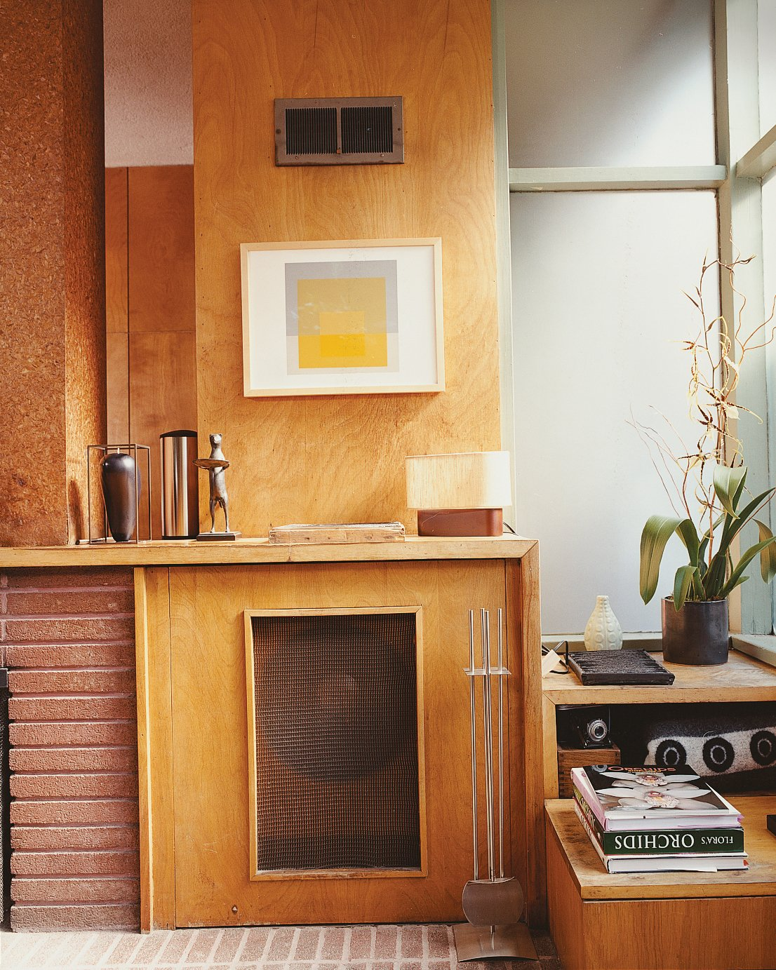 Living Room Hill included a hidden turntable and mono speaker cabinet in the original design.  Photo 9 of 14 in Mid-Century Mash-Up