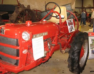 Modern Tractor - Photo 1 of 1 -