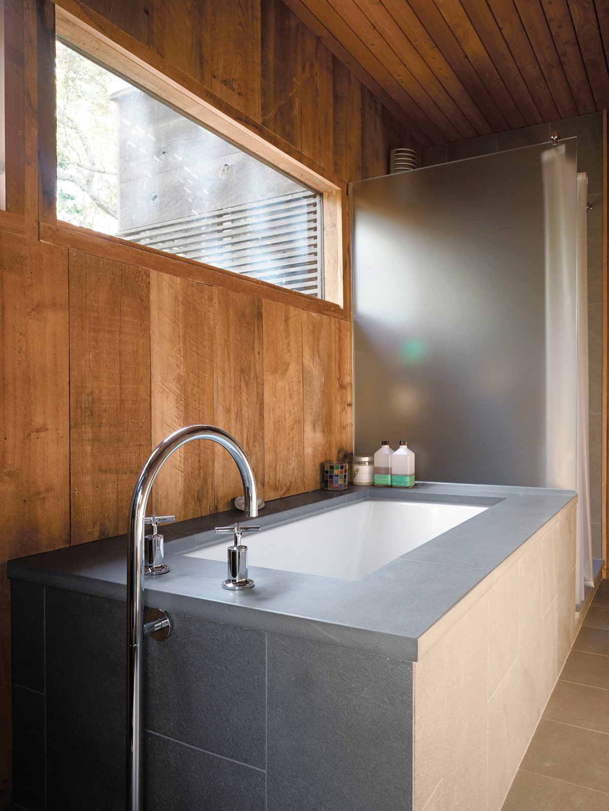 Photo 15 of 17 in Long Island Summer Home Gets a Modern Addition - Dwell