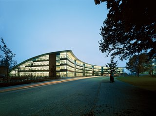 Sobek engineered the curved roof shell and beamless slabs of Burda Media Park in Offenburg, Germany.