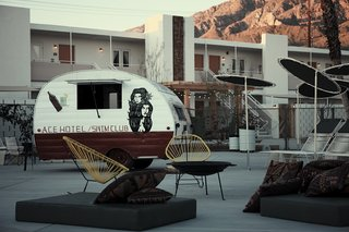 12 Renovated Motels That Make Us Want to Hit the Road - Photo 12 of 12 -