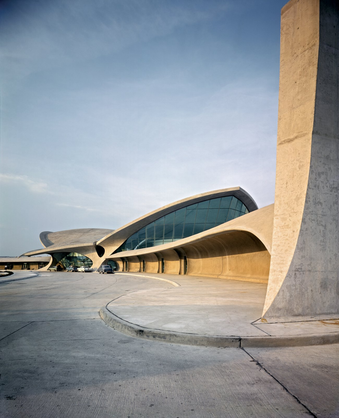 TWA Terminal, JFK Airport, New York CIty  Photo 2 of 5 in An Introduction to Airport Design