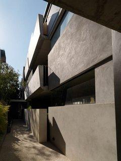 Ten Darling Apartment Buildings - Photo 5 of 15 -