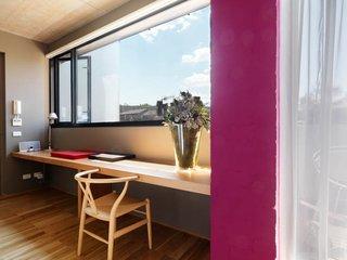 Ten Darling Apartment Buildings - Photo 13 of 15 -