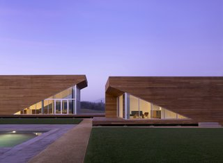 The Summerhill Residence in Kenwood, California, designed by Edmonds + Lee Architects, winner of the New Practices San Francisco 2009 competition.