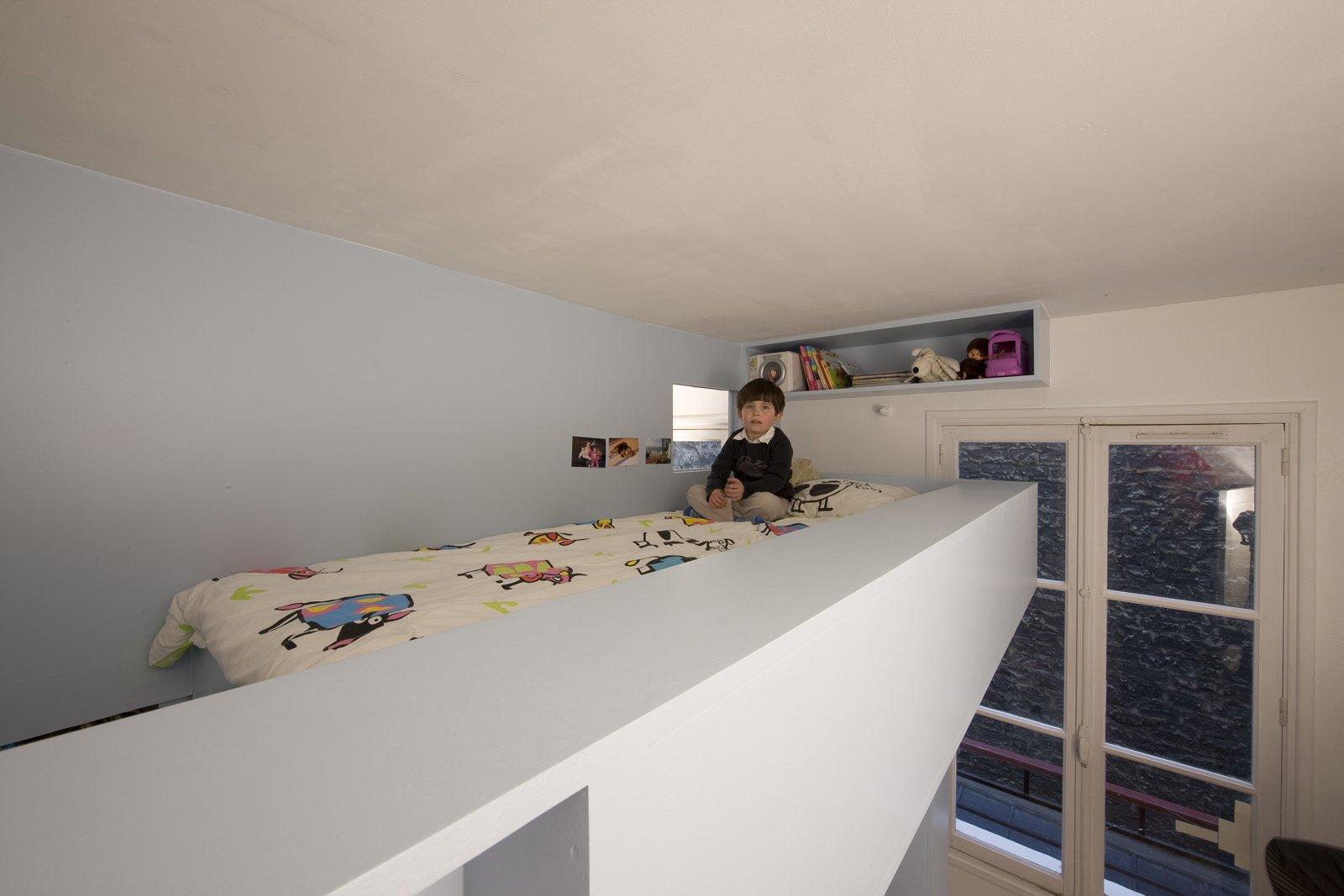kids 39 room renovation dwell. Black Bedroom Furniture Sets. Home Design Ideas