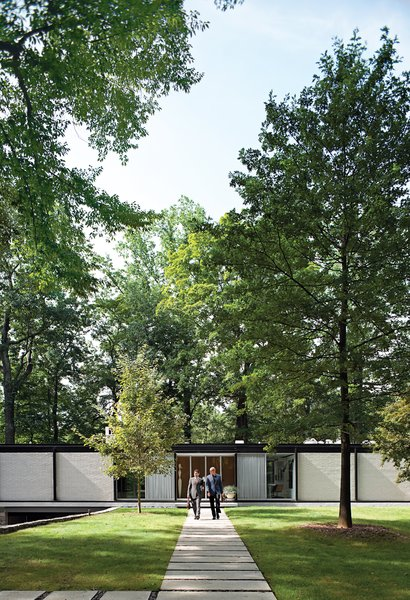 In 1962, Skidmore, Owings & Merrill architect Arthur Witthoefft won the AIA's highest honor for a home he built in the lush woods of Westchester County. Having fended off a developer's wrecking ball, Todd Goddard and Andrew Mandolene went above and beyond to make this manse mint again.