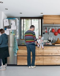 """The kitchen is the heart of family life for Jaro, Ingmar, and the children. Both Jaro and Ingmar are keen cooks, and though having  kids often means opting for more """"quick"""" meals like soups and noodle dishes, they always use fresh, season ingredients."""