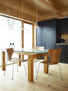 Black and blond are a natural match in Bornstein's largely wooden kitchen.