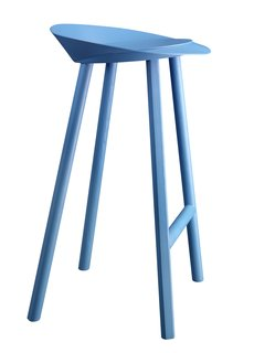 Designer Stefan Diez expanded upon his already illustrious collaboration with e15 this year, introducing a handful of new items. The Jean stool is made of oak-veneered plywood and comes clear-lacquered or, as seen here, in bold berry blue.