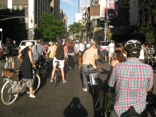 Finally we reached Spring street and headed into SoHo. Outdoor diners and drinkers were amused by the fleet of about 100 cyclists along for the Design Ride.