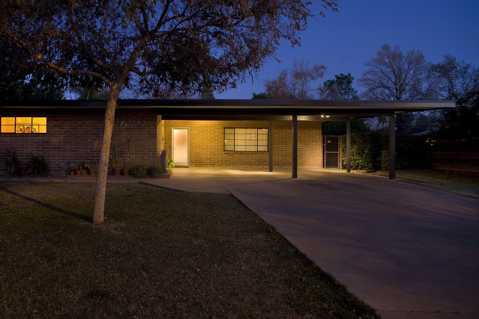 Photo 2 of 2 in Houses We Love: People's Choice