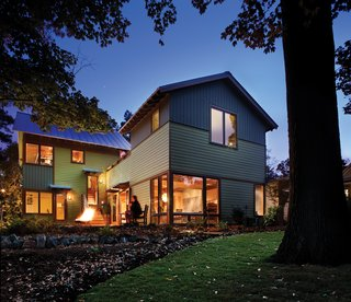 A bungalow reinterpreted, the Martin house harmoniously introduces new materials, spaces, and sustainable strategies to an older neighborhood, demonstrating both continuity and innovation.