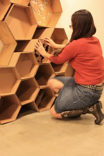 Arch Students Build a Hive - Photo 9 of 19 -