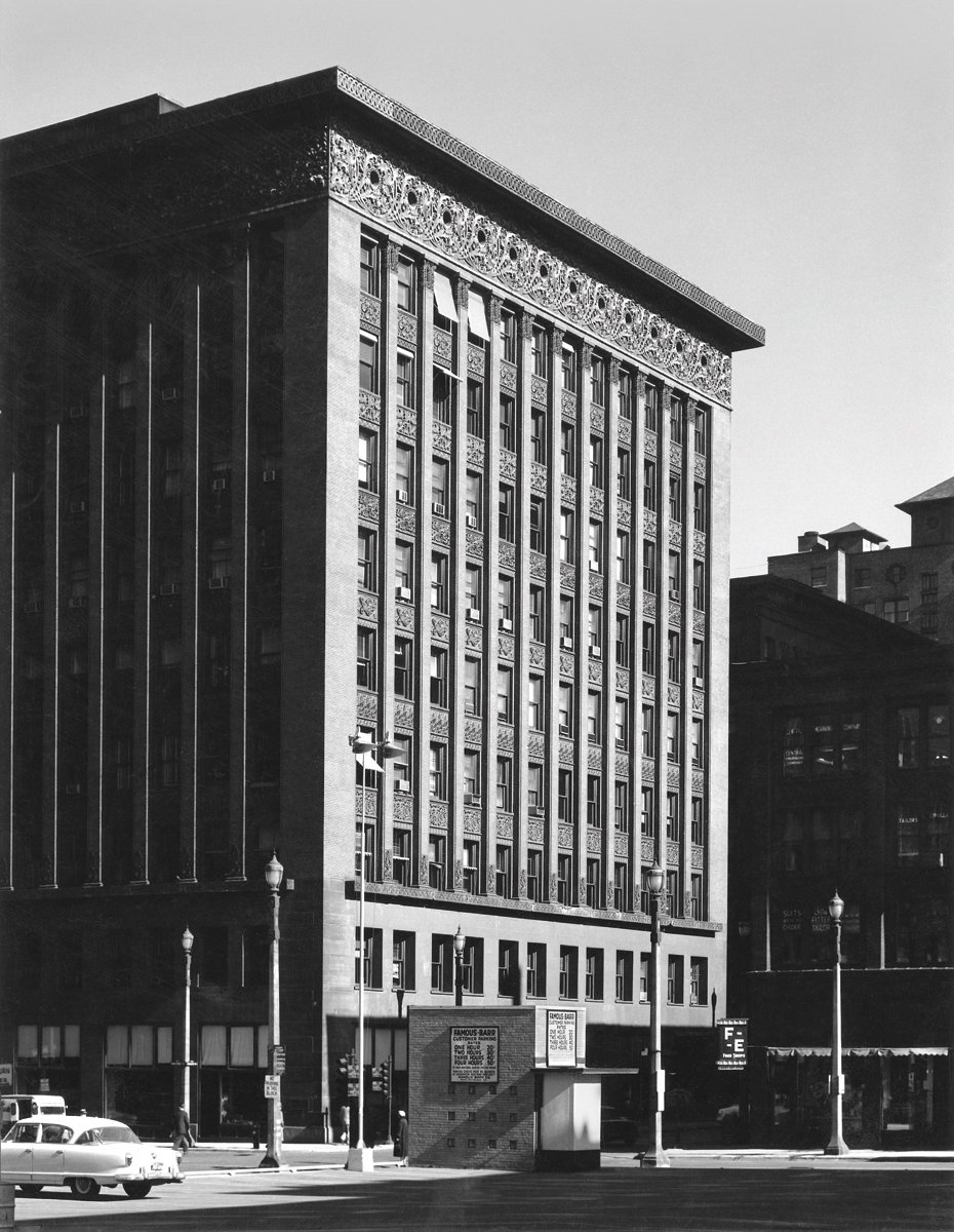 Wainwright Building, St. Louis, Missouri, built 1890-1891. Photo courtesy of The Richard Nickel Committee and Archive.  Photo 4 of 19 in The Architecture of Adler & Sullivan