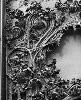 The Architecture of Adler & Sullivan - Photo 19 of 19 - Detail of the Schlessinger and Meyer Department Store, Chicago, Illinois, built 1899-1904. The National Farmers' Bank, Owatonna, Minnesota, built 1907-1908. Photo courtesy of The Richard Nickel Committee and Archive.