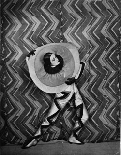 Art and Fashion by Sonia Delaunay - Photo 5 of 15 -