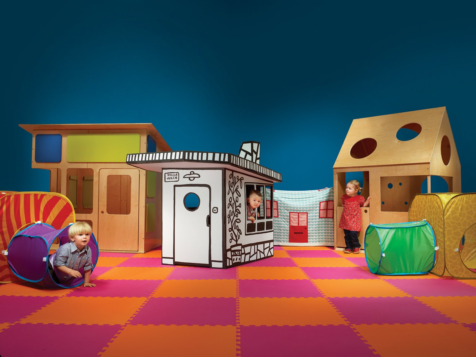 The Toddlers of Dwell Review 5 Modern Playhouses
