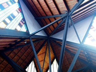 The ceiling and construction detail.