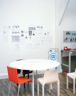 2006<br><br>Eloi Chafaï graduates from ENSCI–Les Ateliers.<br><br>Dingjian and Chafaï found Normal Studio.