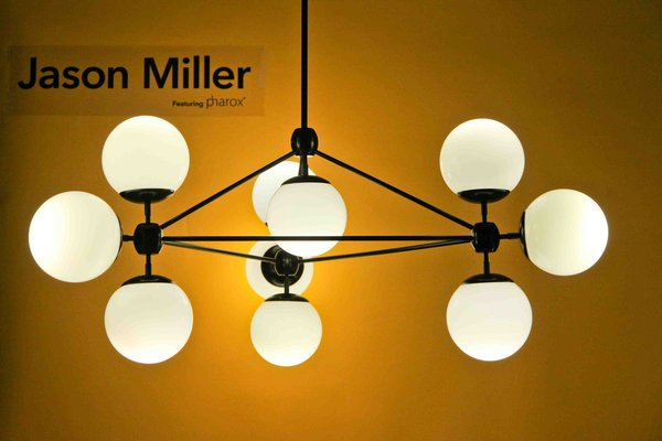 Roll & Hill founder Jason Miller refitted his Modo Lamp to take the Pharox 400xl bulbs, created a brilliant soft glow see across the room. The Modo Lamp is made of anodized aluminum and glass.