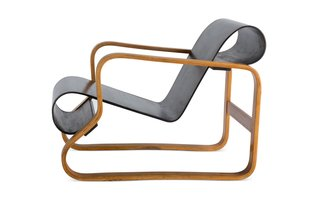 Alvar Aalto's Artistic Bent at the Vitra Design Museum - Photo 8 of 10 -