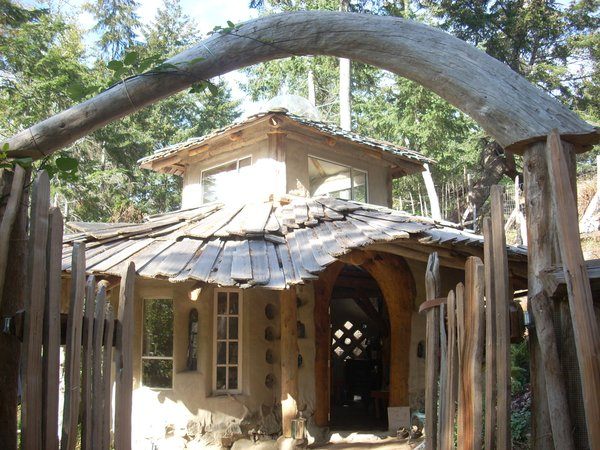 Here's an example of a cob house. Photo courtesy of Jen Gobby.